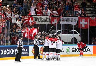 Austria stuns Switzerland, 4-3